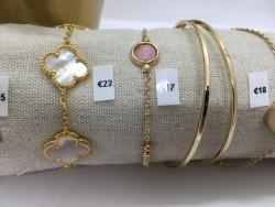 Rose armband met steen
