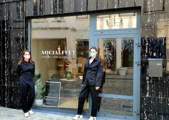 Socialfeet in the city!