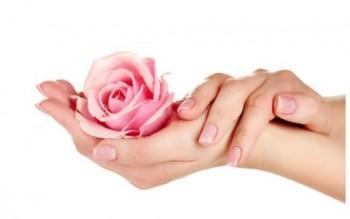 Manicure ( kies een extra behandeling voor kleurlakken)